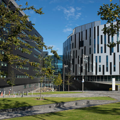 Sighthill Campus exterior with LRC library block.