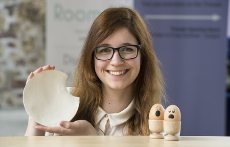 Martina Zupan with egshell tableware