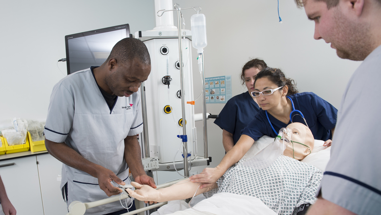 Student nursing in scenario with Simulation Manikin