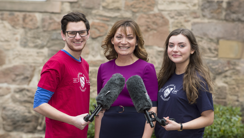 Lorraine Kelly opens new journalism facilities | Edinburgh Napier University